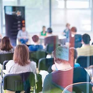 interni seminarji in usposabljanja